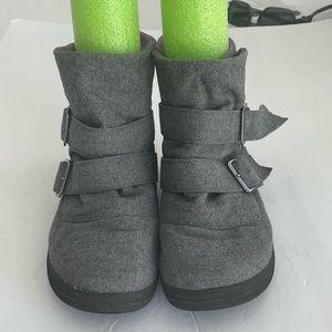 SO Fabric Ankle Boots Garnet Grey Sz 9M